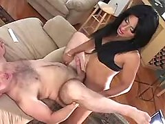 Man n TS fucked each other on sofa
